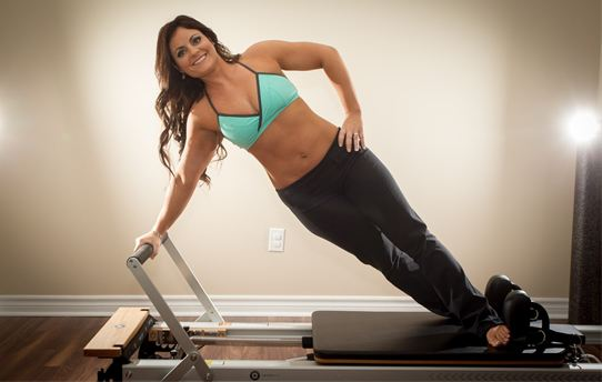 Laurie Maynard Bsc.PT, canfitpro PTS/NWS, CHN